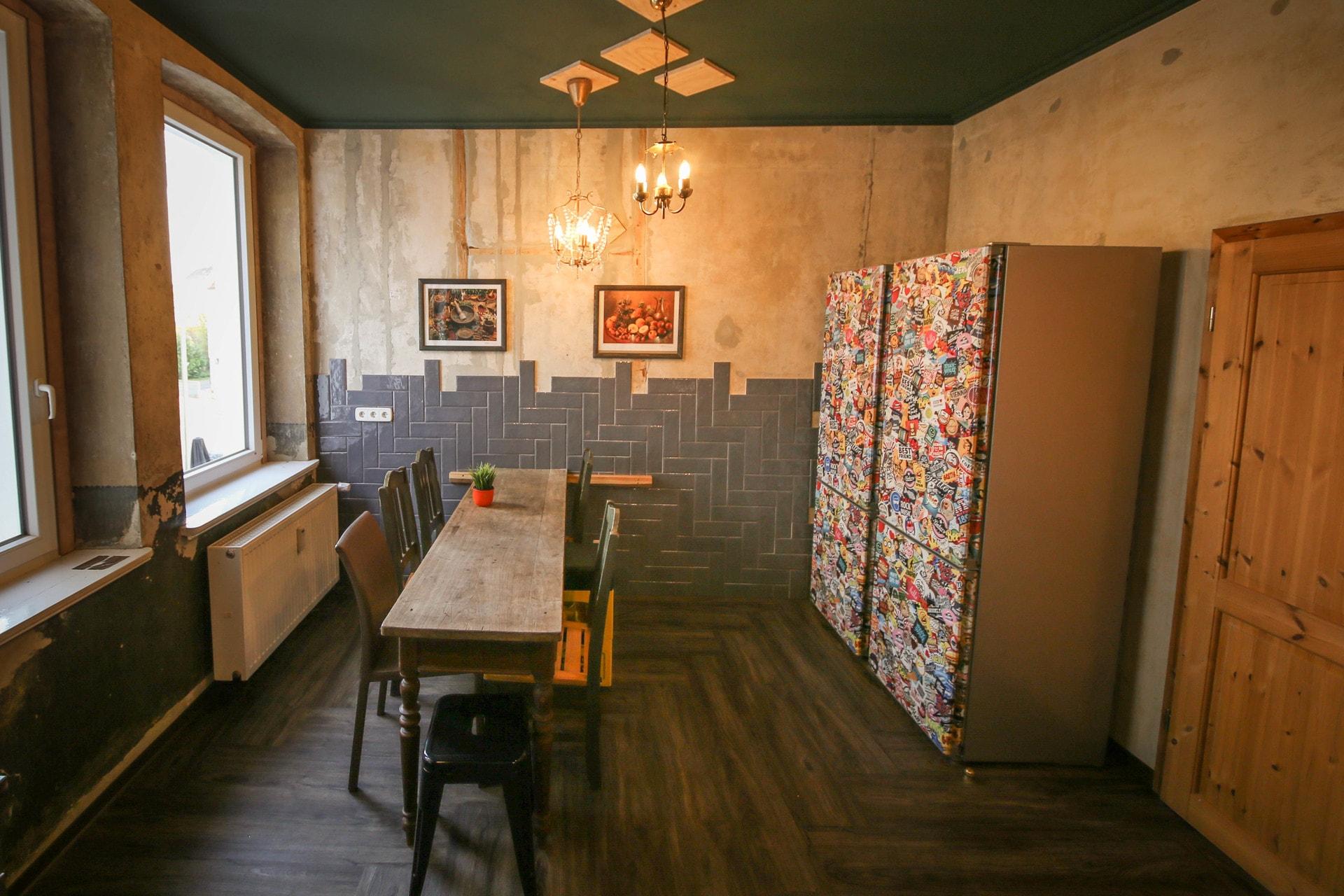 wohnen auf zeit in bielefeld. Black Bedroom Furniture Sets. Home Design Ideas